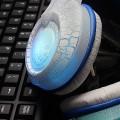 [裂纹白发光]G9050 现代HYUNDAI头戴式裂纹发光立体声电脑耳机